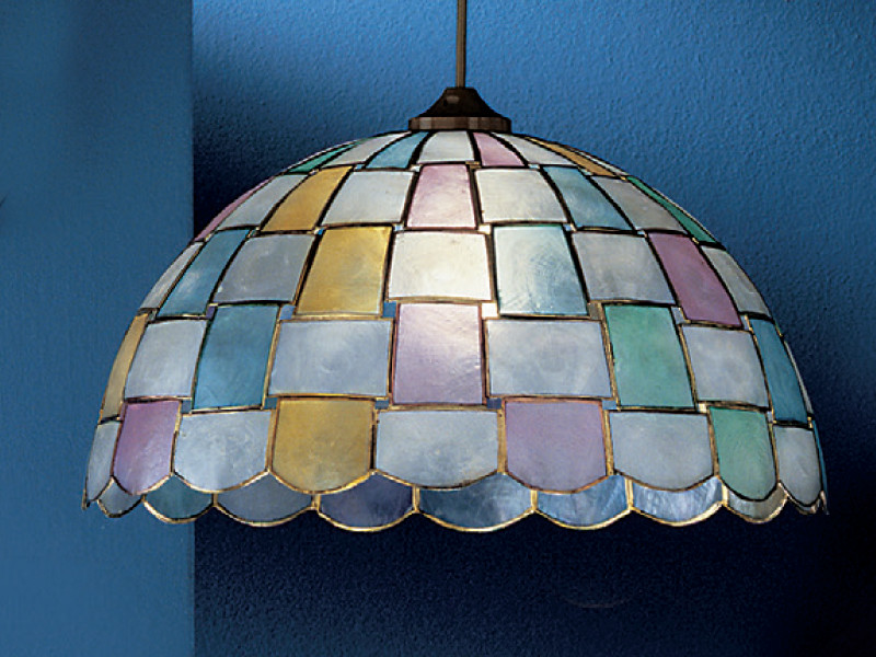 Plafoniere Stile Tiffany : Lampade tiffany in vendita su tiffanysicuro sono plastica o