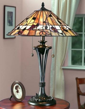 lampada da tavolo tiffany con foglie, gialla e rossa