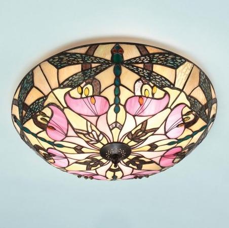 plafoniera tiffany gialla con libellule e fiori rosa