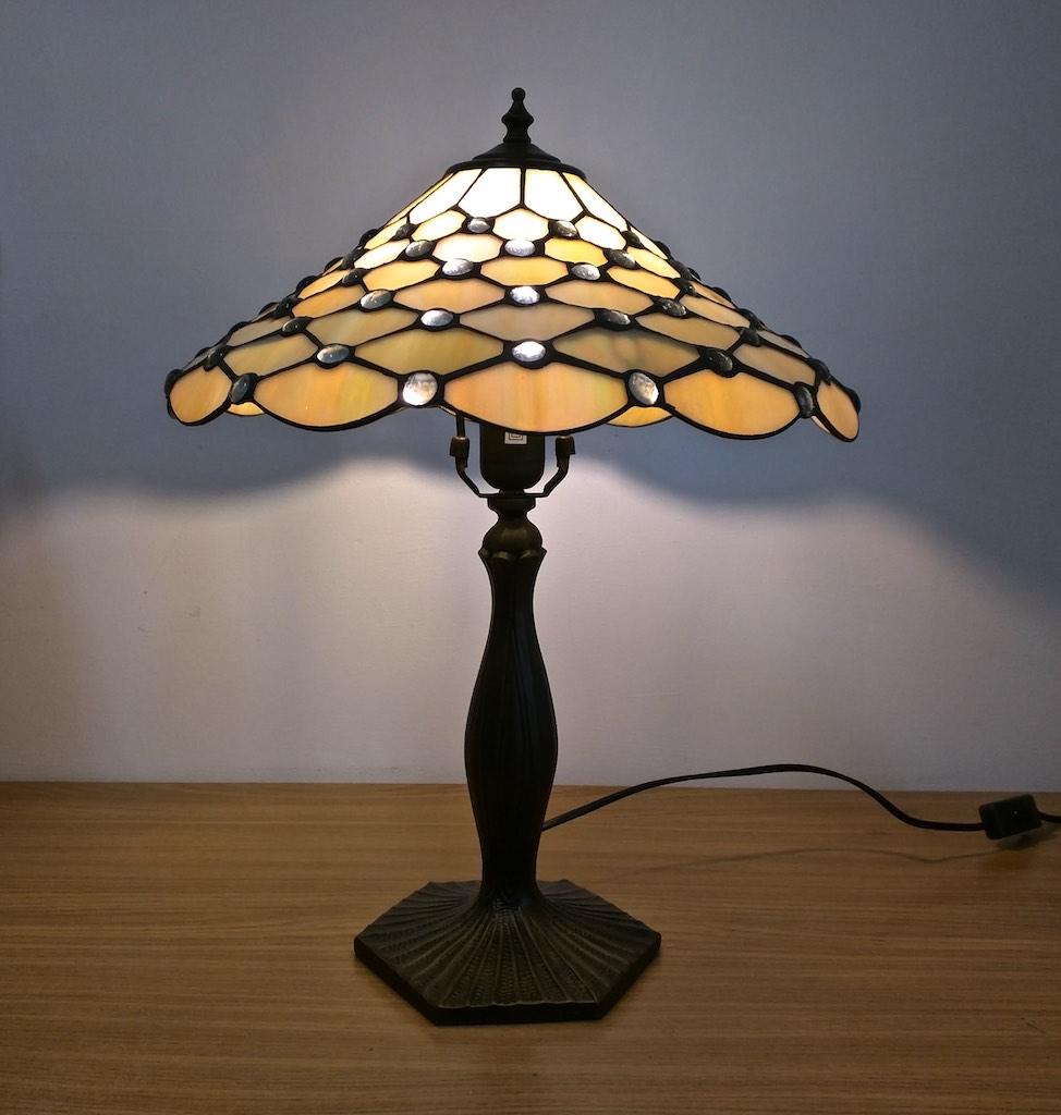 lampada stile tiffany da tavolo gialla