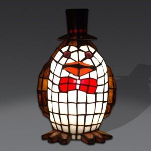lampada-tiffany-a-forma-di-pinguino-bianco-marrone-rosso