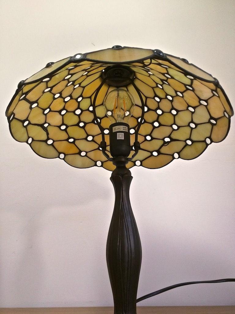 lampada tiffany fa scrivania