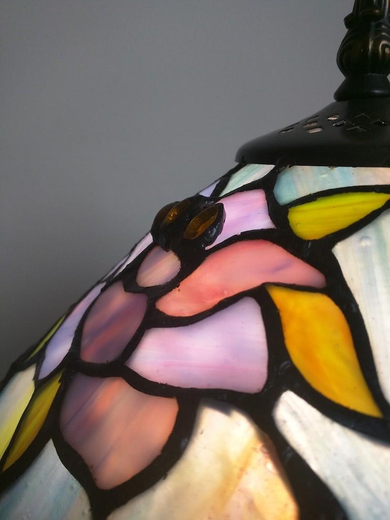 Lampada da Tavolo o Scrivania Tiffany con Fiori, colorata 17