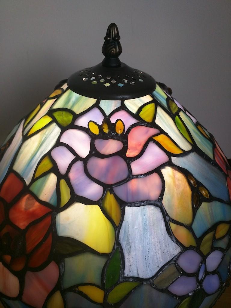 Lampada da Tavolo o Scrivania Tiffany con Fiori, colorata 19