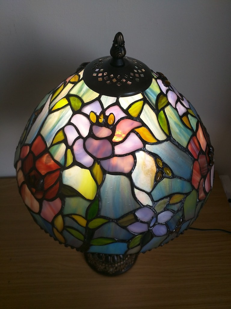 Lampada da Tavolo o Scrivania Tiffany con Fiori, colorata 30