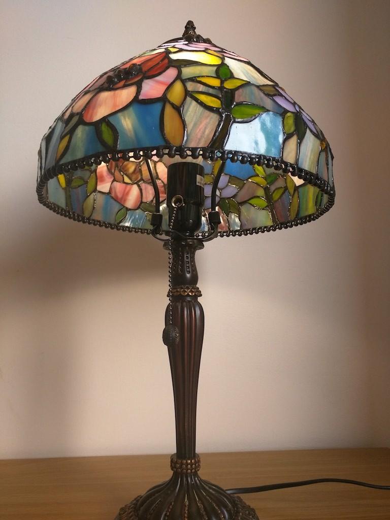 Lampada da Tavolo o Scrivania Tiffany con Fiori, colorata 8