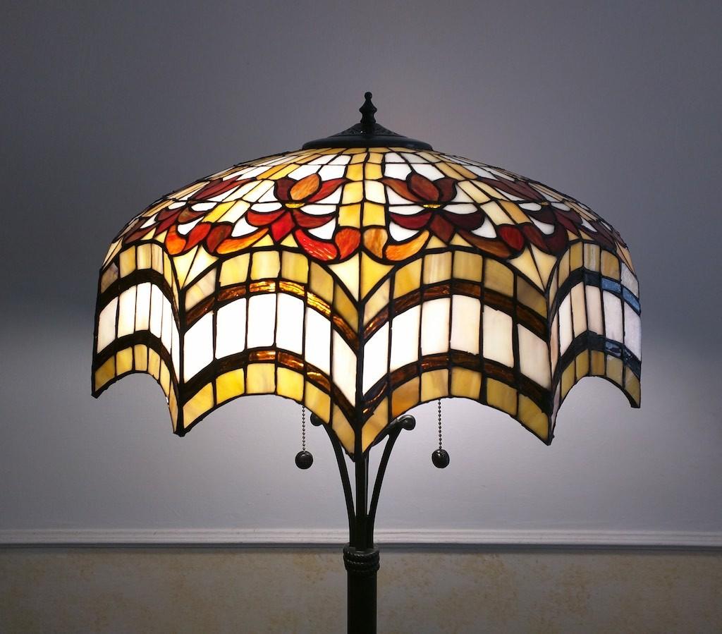 Piantana Lampada da Terra Tiffany rossa, gialla e bianca 26
