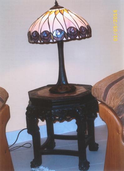 lampada da scrivania o tavolo tiffany viola