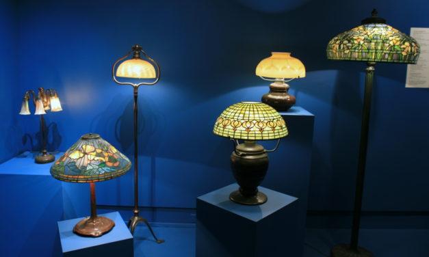 Plafoniere Stile Tiffany : Tiffany sicuro il primo sulle lampade