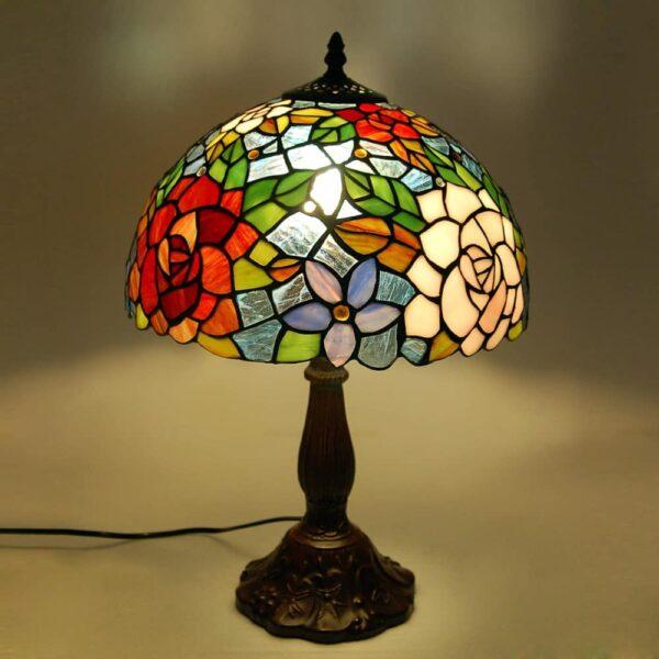 Lampada da Tavolo Tiffany con Fiori luce accesa