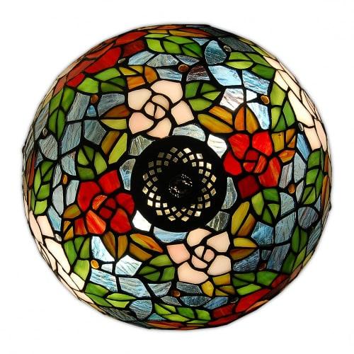 lampada da tavolo tiffany con disegni di uva dettagli