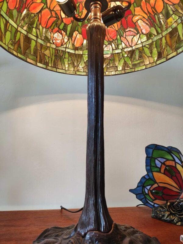 Lampada da Tavolo Tiffany con Tulipani 18