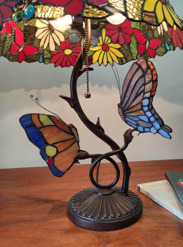 lampada tiffany da tavolo con farfalle 13