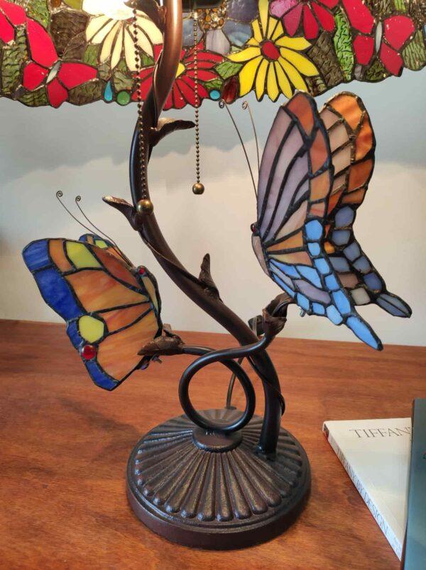 lampada tiffany da tavolo con farfalle 14