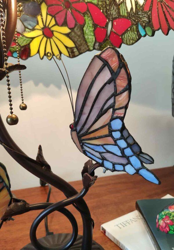 lampada tiffany da tavolo con farfalle 16