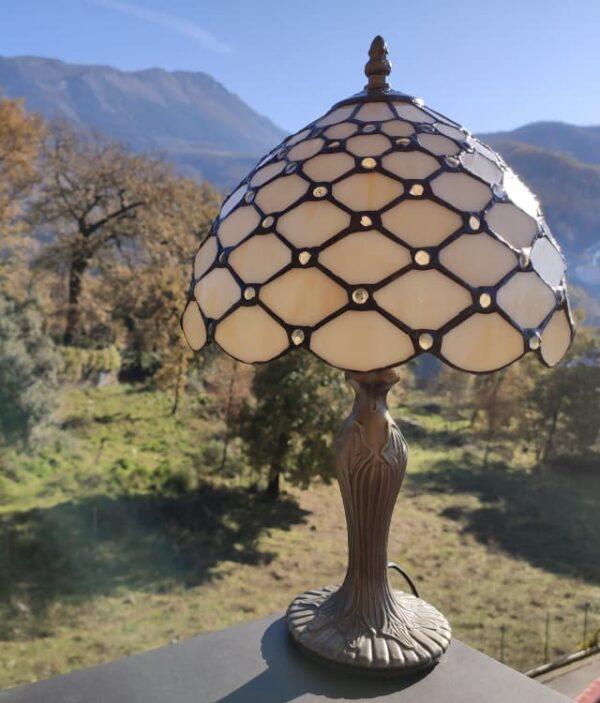 lampada da comodino tiffany gialla 1