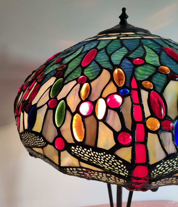 lampada da tavolo tiffany con libellule 4