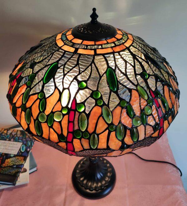 lampada tiffany da tavolo con libellule 1