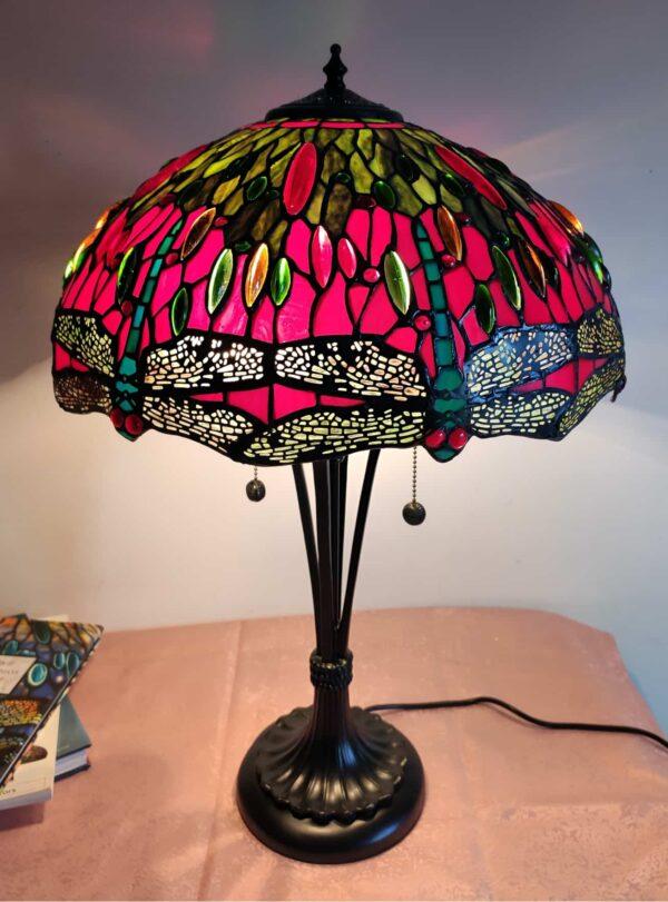 lampada stile tiffany con libellule
