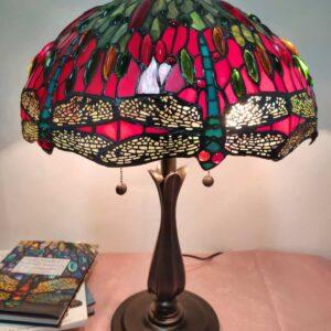 lampada da tavolo tiffany rossa