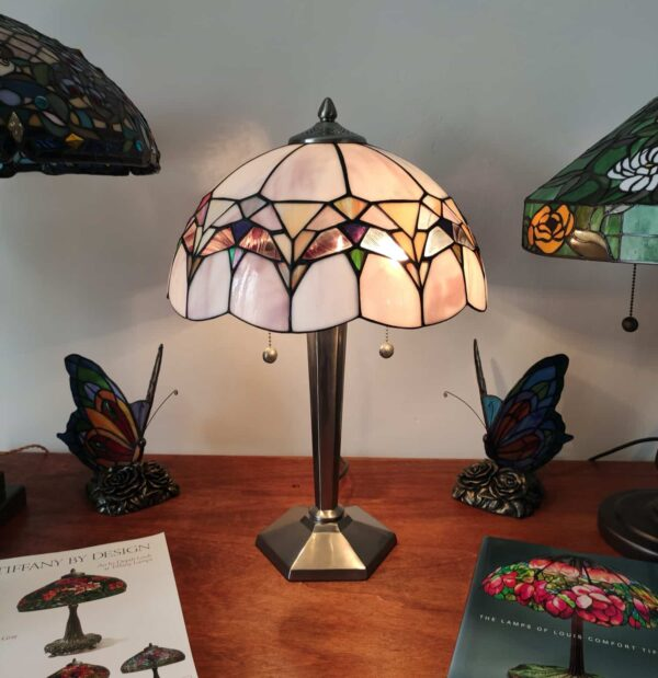 lampada da tavolo tiffany moderna