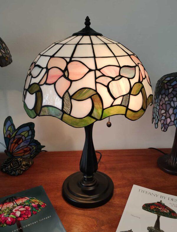 Lampada da Tavolo Tiffany con Fiori Rosa Azzurri Viola 4