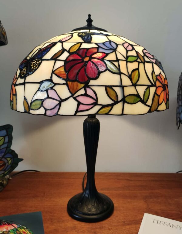 Lampada da Tavolo Tiffany Farfalle e Fiori 3