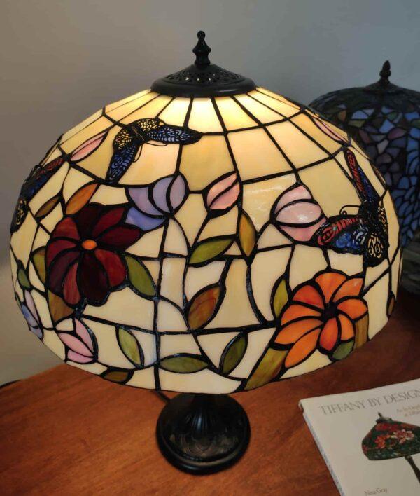 Lampada da Tavolo Tiffany Farfalle e Fiori 4