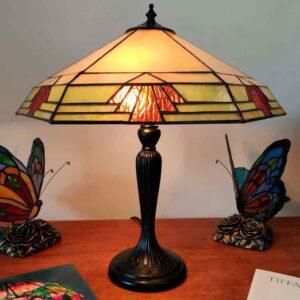 lampada da tavolo esagonale