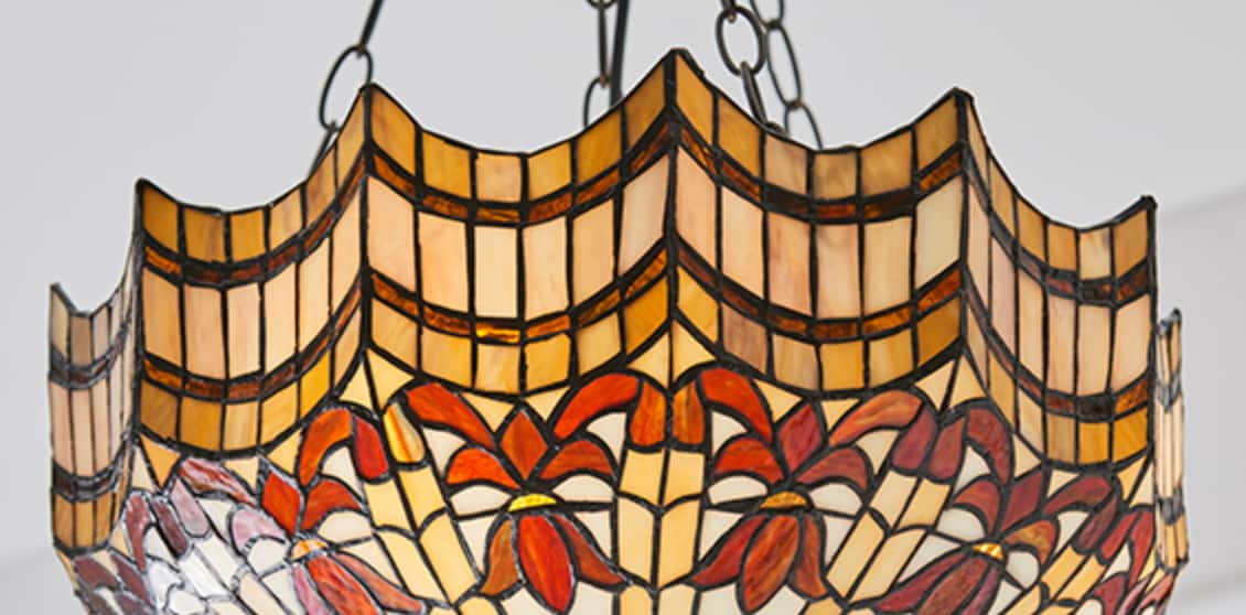 lampadario tiffany invertito fascia ondulata